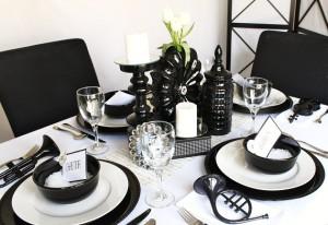 вечеринка в черно белом стиле