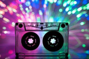 Музыка для вечеринки 80-х