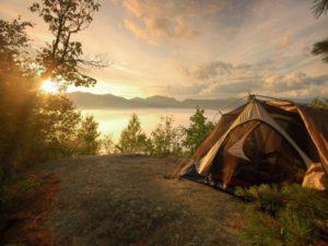 пикник с ночевкой на природе