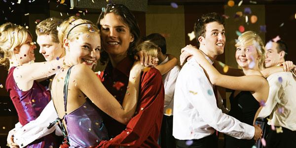 вечеринка школьных друзей