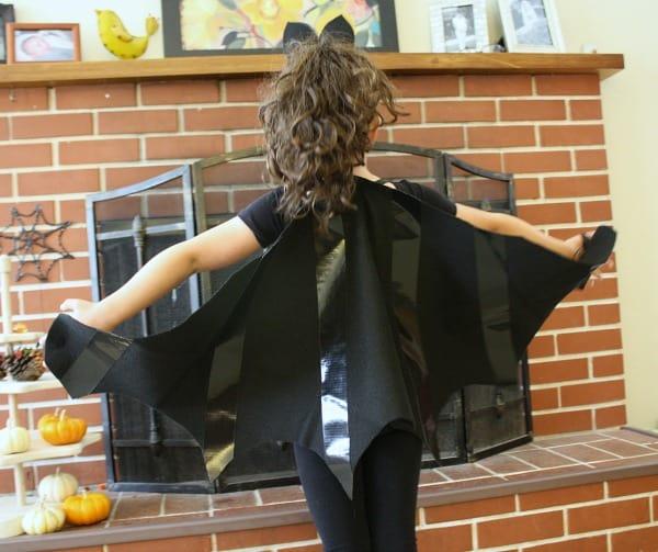 Простой маленький костюм летучей мыши для детской вечеринки!