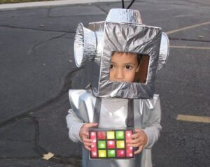 детский костюм робота своими руками